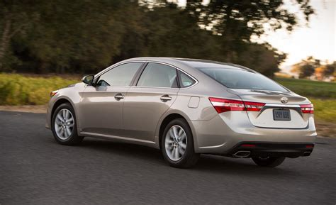 Toyota Avalon Xle Car And Driver