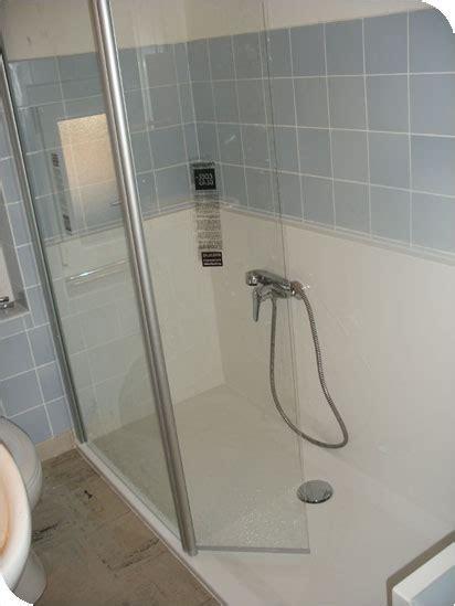 austausch badewanne gegen dusche altersgerecht duschen behindertengerecht duschen