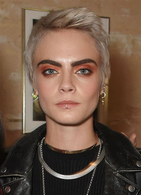 Cara Delevingne hair: See her best hairstyles and beauty