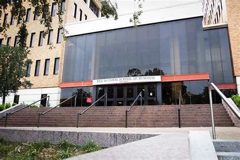 Mccombs Executive Mba Ranking by Mccombs School Of Business Ranked No 5 In Nation The