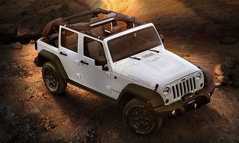 jeep top view 2013 jeep wrangler unlimited moab front 3 4 top view