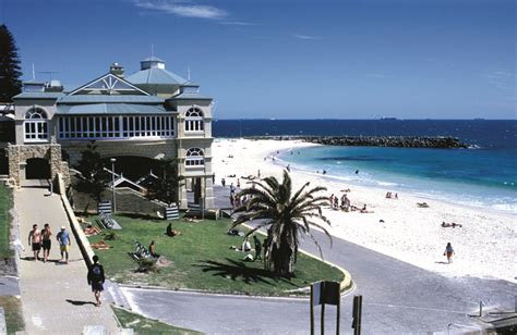 in perth wa summer in the city perth australian traveller