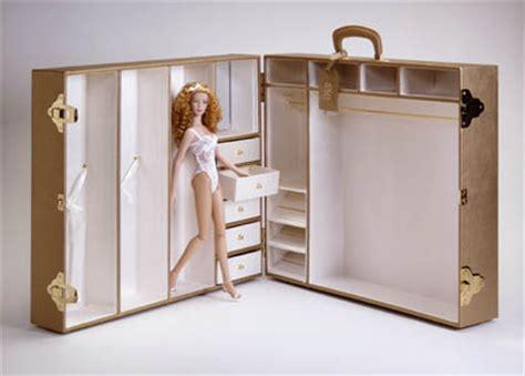 fashion doll wardrobe trunk wentworth 174 archive trunks tonner doll company