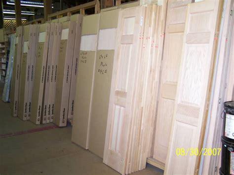 Discount Bifold Closet Doors doors builders bargain center discount building materials