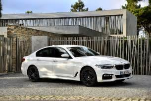 Bmw 550i 2017 Bmw 5 Series Release Date Price And Specs Roadshow