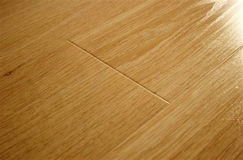 what is laminate flooring made of laminate flooring