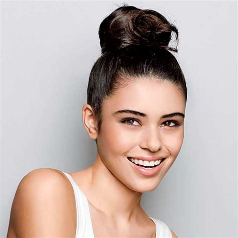 womens hairstyles for low hairlines lines the best hairstyle for you in summer daily life beauty life