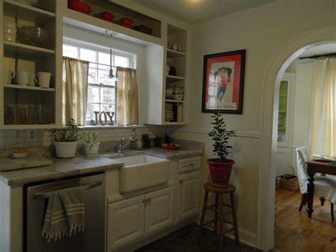 small cape cod cottage kitchen   Cottage Kitchen