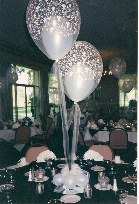 balloon centerpieces balloon centerpieces favors ideas