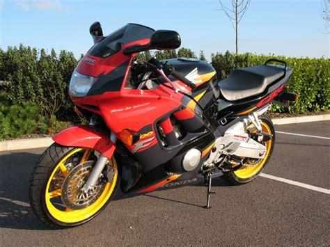 honda cbr 600 fs the honda 600 at motorbikespecs net the motorcycle