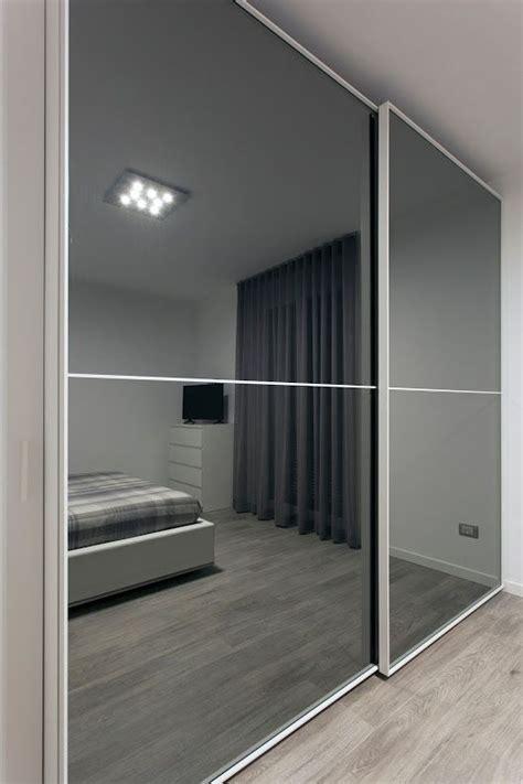 armadio ante scorrevoli a specchio oltre 25 fantastiche idee su armadio a specchio su