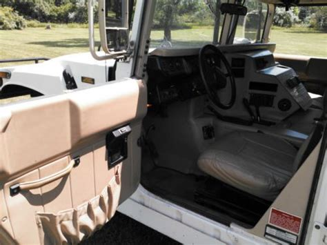 service manual 1999 hummer h1 front door panel removal 1993 hummer h1 front door panel removal 1993 hummer h1 overhead console removal remove