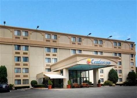 Comfort Inn Near Boston Ma by Comfort Inn Boston Boston Deals See Hotel Photos