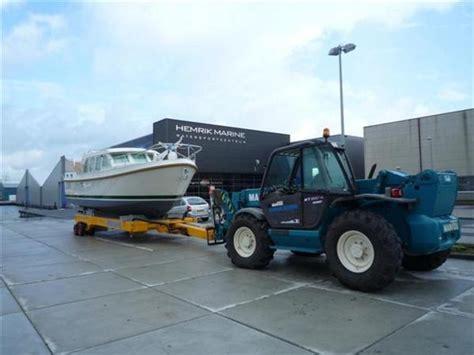 roodberg boottrailer hellingen met hydraulische boottrailer