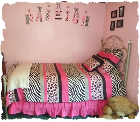 zebra themed bedrooms 1000 images about zebra theme room ideas on pinterest