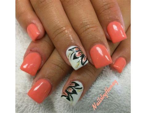 fiori con la u nail floreali da instagram e per la