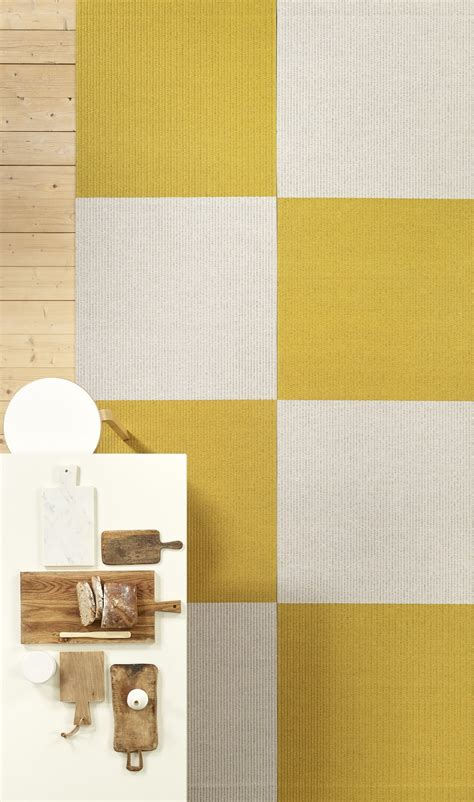 woodnotes teppich rectangular paper yarn rug squareplay by woodnotes design