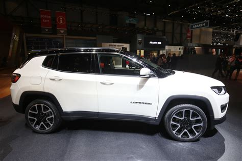 New Jeep Compass New Spec Jeep Compass Lands In Geneva To Challenge