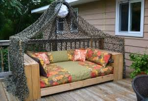 daybeds patio furniture home decor homes:  pallet daybed hot and new trend pallet furniture diy