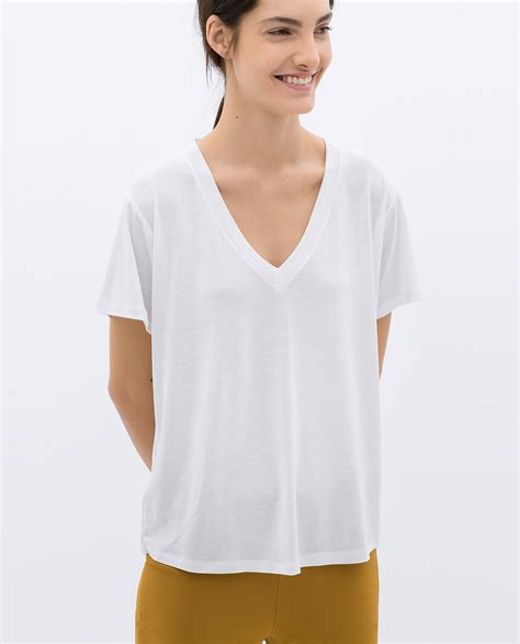 T Shirt V Neck Zara zara vneck tshirt in white lyst