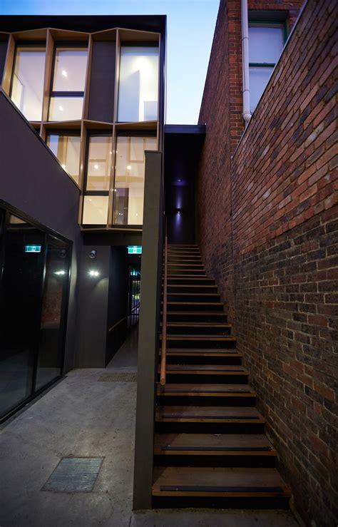 Boutique Apartment Building Design Idea from Long Narrow