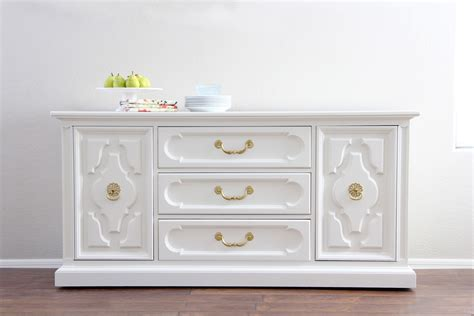 Best White Paint For Furniture | 16 of the best paint colors for painting furniture