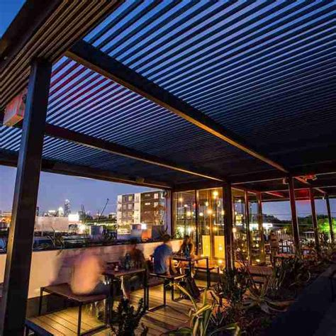 top bars in austin best rooftop bars in austin texas thrillist