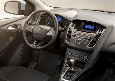 al volante listino listino ford focus prezzo scheda tecnica consumi