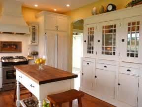 Cottage Kitchen Island 15 Style Boosting Kitchen Updates Kitchen Ideas Design