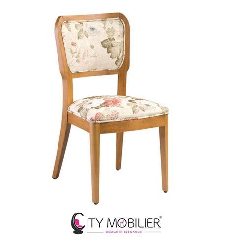 chaise pour bébé chaise en bois avec moulures lorenz city mobilier