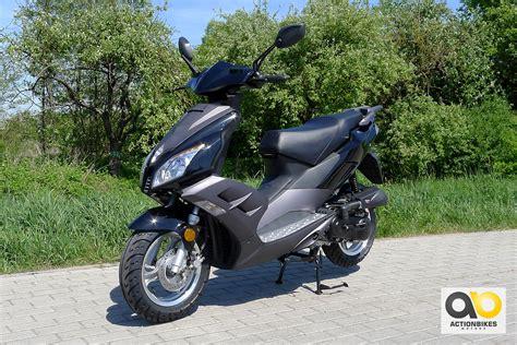 Auto 25 Km H Ohne Führerschein Kaufen by Roller 49 Cc 25 Km H Mofa Roller Zweir 228 Der Miweba Gmbh
