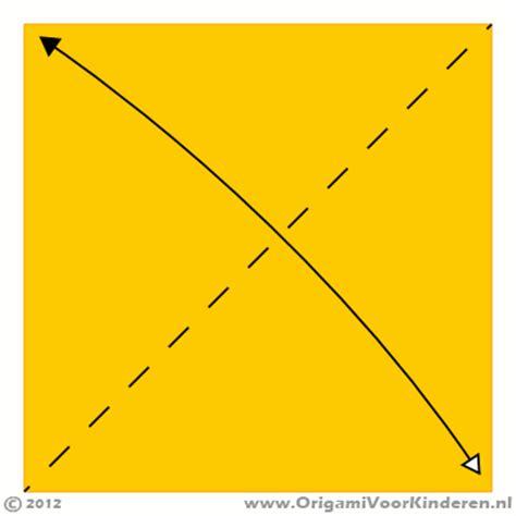 bootje vouwen vierkant papier vliegtuig 5 wat moeilijker origami voor kinderen