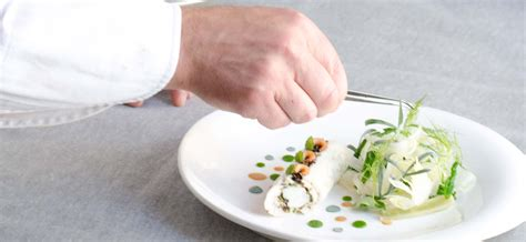 what does a chef de cuisine do devenir chef de cuisine fiche m 233 tier le cordon bleu