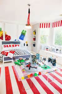lego themed bedroom 25 best ideas about lego theme bedroom on pinterest