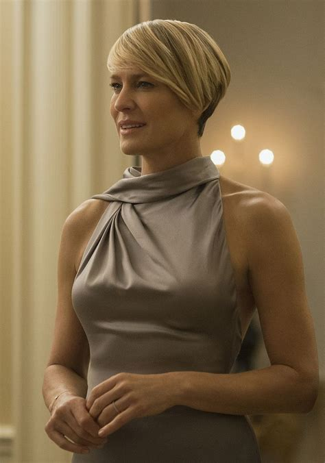 robin wright haircut house of cards claire underwood played by robin wright in ralph lauren