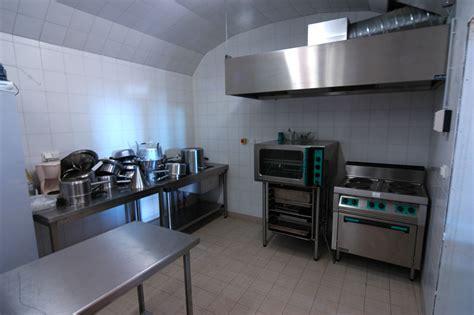 groupe de cuisine cuisine attenante 224 la grange chantelou auvergne gite