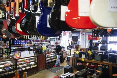 owner   store rockin robin   change tune houstonchroniclecom