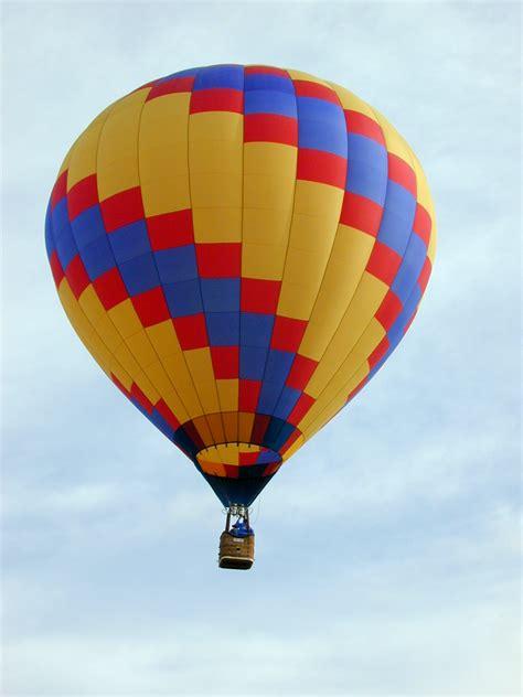 Air Baloon houston local attractions houston air balloons