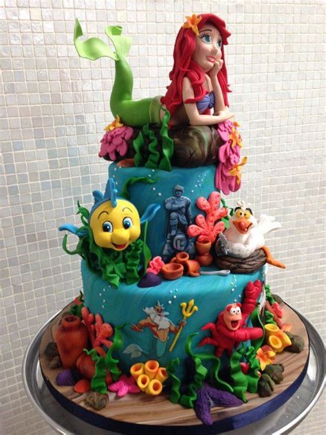 1000 images about disney s mermaid cakes on