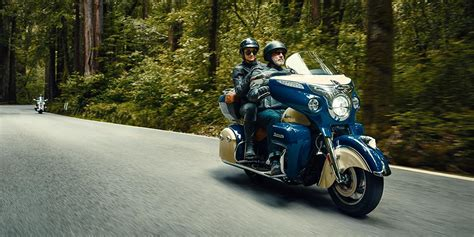 three new colors for the 2016 indian roadmaster prices just 30 000 autoevolution