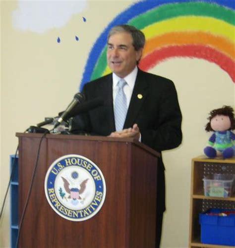 carriage house preschool congressman john yarmuth press congressman yarmuth announces autism legislation