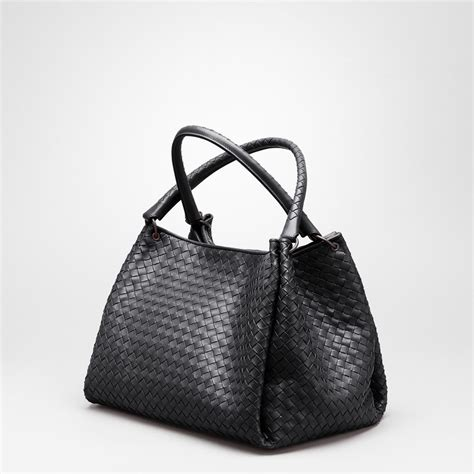 Botega Venetta Bag lyst bottega veneta parachute bag in nero intrecciato