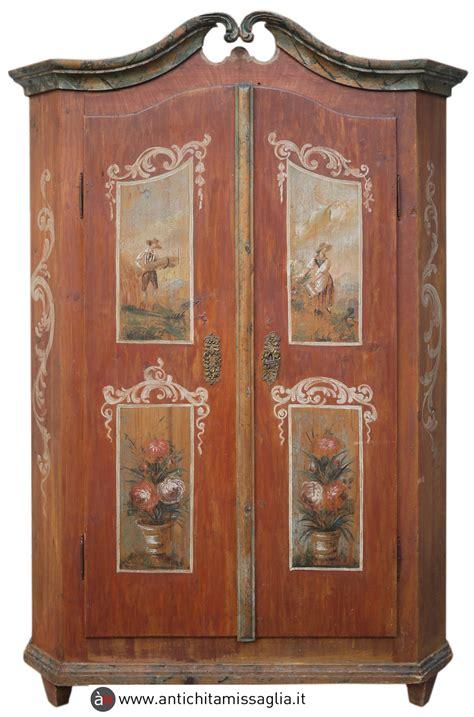 mobili tirolesi decorati armadio dipinto tirolese antico antichit 195 missaglia