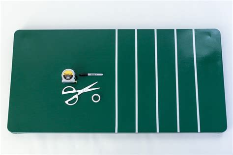 How To Make A Football Field Out Of Paper - take a at this diy football themed pong evite