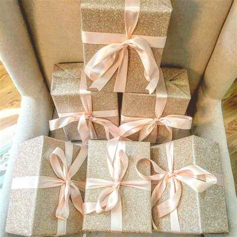 Wedding Gift Ideas From Bridesmaid by Best 25 Bridesmaid Gift Boxes Ideas On Brides