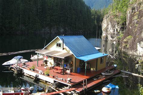 fishing lodges with pontoon boats boat the tiny life