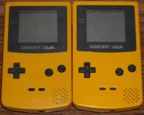 yellow gameboy color gameboy color yellow www pixshark images galleries