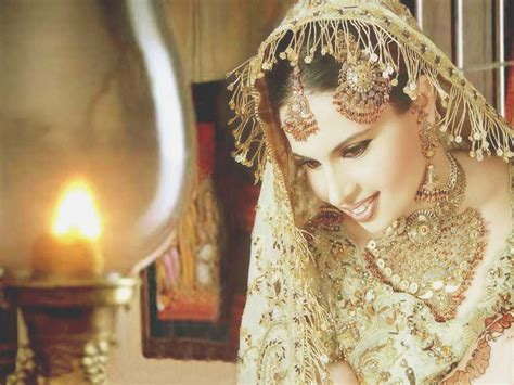 beautiful pakistani couple bride dulha dulhan groom