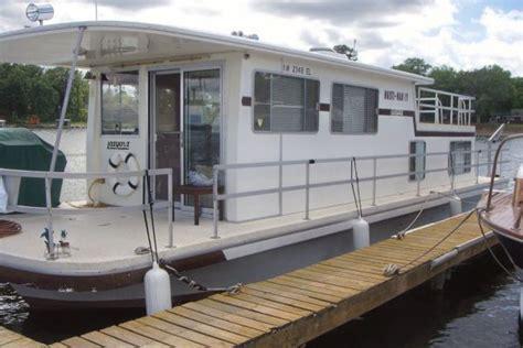 boat dealers twin cities mn 1982 gibson lazy cruz hardtop power boat for sale www