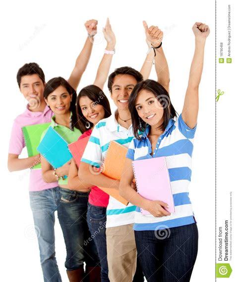 imagenes libres estudiantes grupo feliz de estudiantes fotos de archivo libres de
